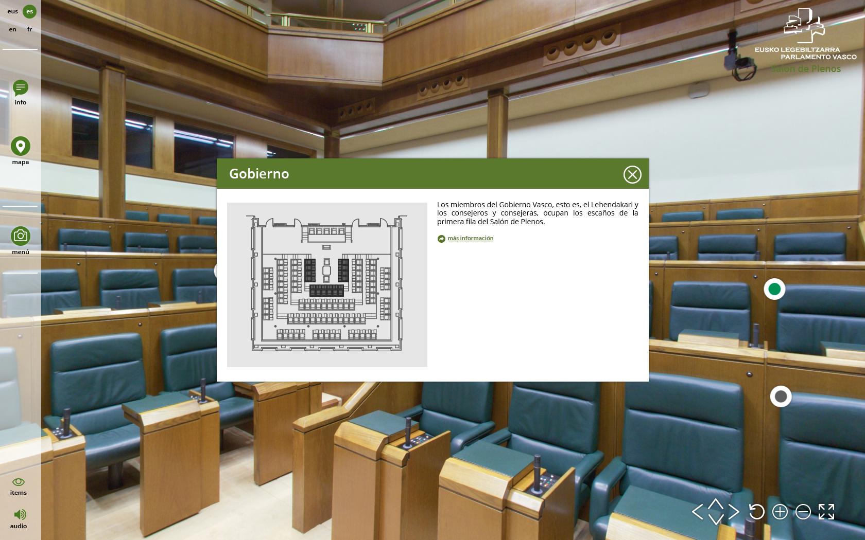 Fotografía de una ficha informativa de la Visita Virtual al Parlamento Vasco. Vitoria